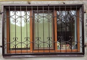 решетки на окнах металические