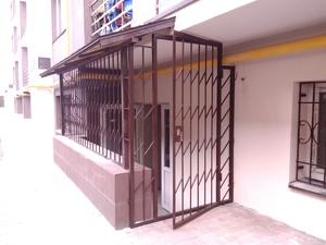 решетчатая дверь с косым ресунком